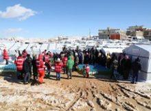 رحلة عطاء الهلال الأحمر القطري تصل بمساعداتها إلى مخيمات عرسال