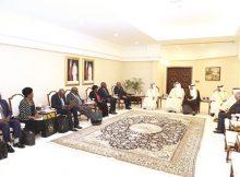 رئيس «الشورى» يجتمع مع رئيس الجمعية الوطنية في زيمبابوي