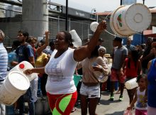 Venezuelans struggle to find water in the aftermath of blackouts