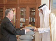 سمو الأمير يتسلّم أوراق سفيري العراق وأرمينيا
