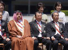اليابان تقلد وزير الدولة لشؤون الدفاع القطري وسام الشمس المشرقة
