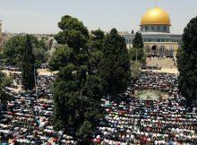 الجمعة الأخيرة من رمضان.. شهيدان وحشود بالأقصى ومسيرات بحدود غزة