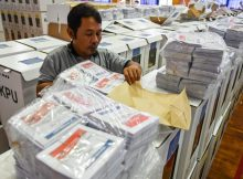 More than 270 poll workers dead from overwork after Indonesian election
