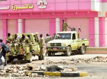 Sudan police fire tear gas as civil disobedience campaign begins, Pope pleads for peace